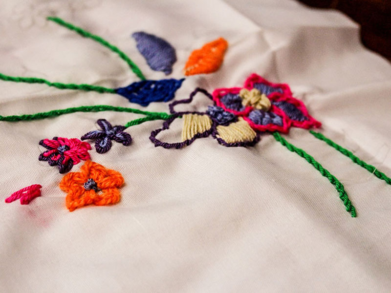 Embroidery Stitches | Noqoush Academy of Designs & Crafts